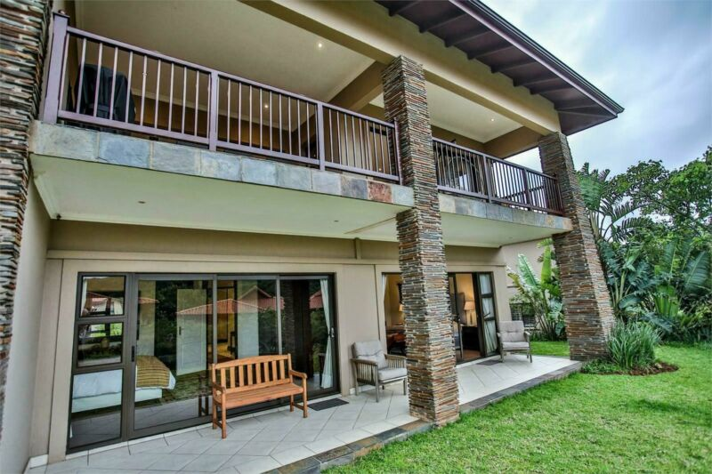 Fully Furnished Modern 4 bedroom Townhouse