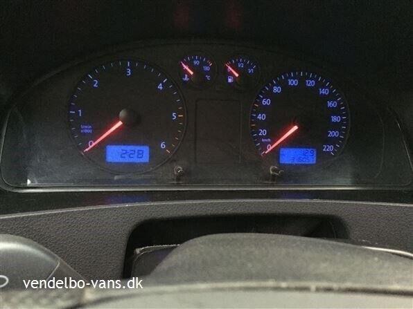 VW Caravelle 2,5 TDi, 2004, km 316057