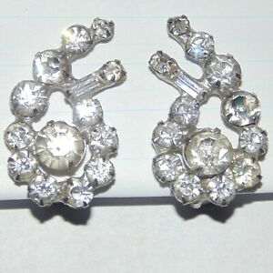 Vintage-prong-set-clear-rhinestone-paisley-shape-climber-clip-earrings-1960s