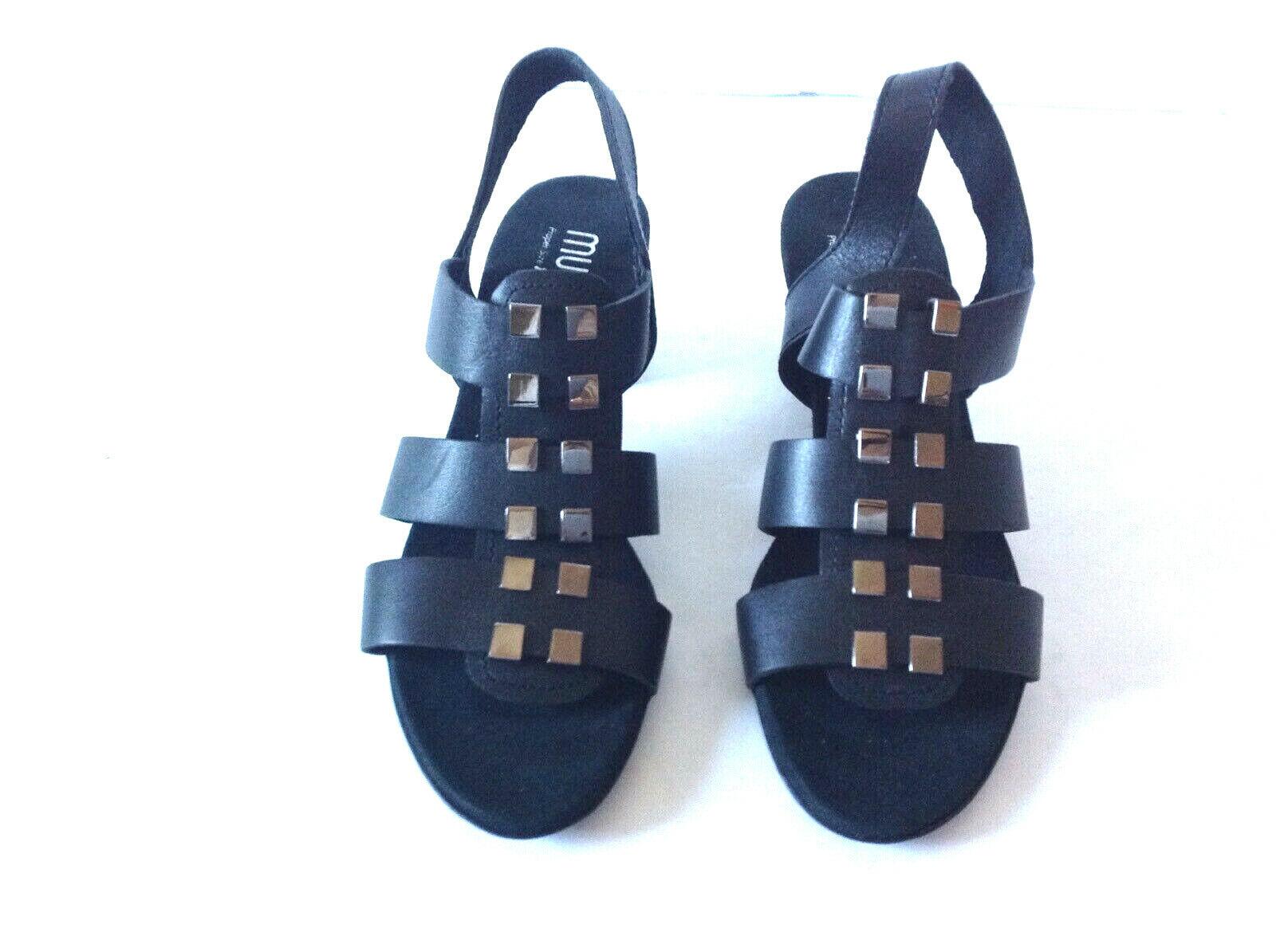 Nouveau Munro Maggie noir en cuir cloutées Comfort Sandales Taille 6.5 N