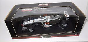 1/18 McLaren Mercedes MP4-17  Season 2002   Kimi Raikkonen