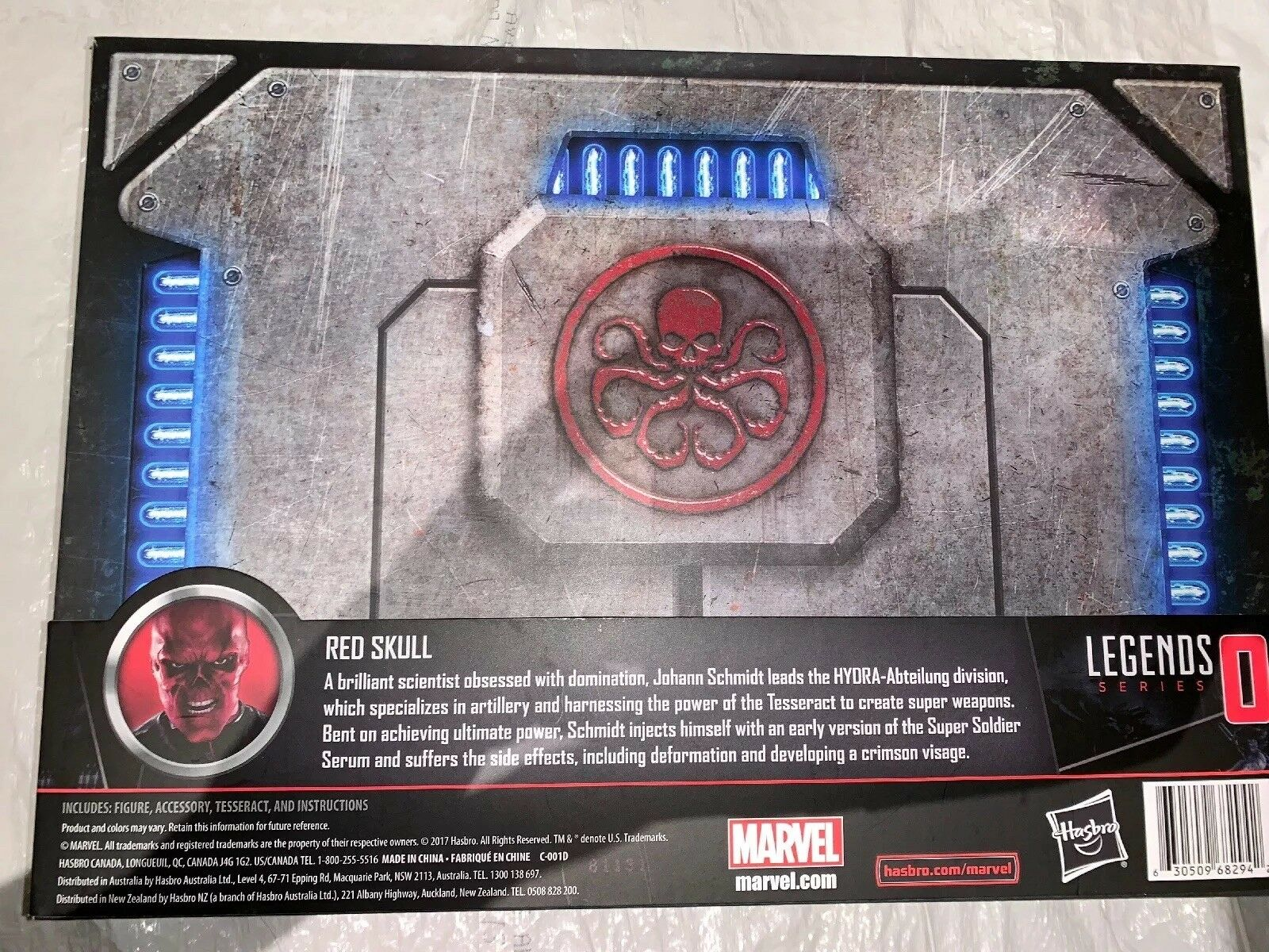 Marvel Legends Legends Legends Ten Years San Diego COMIC CON Exclusive rosso Skull e Tesseract 9e3642