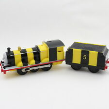 Thomas & Friends BUSY AS A BEE JAMES Trackmaster Motorized Train 2006 HIT TOY