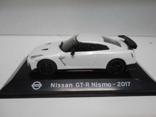 NISSAN GT-R NISMO 2017 SUPERCARS SALVAT IXO 1:43