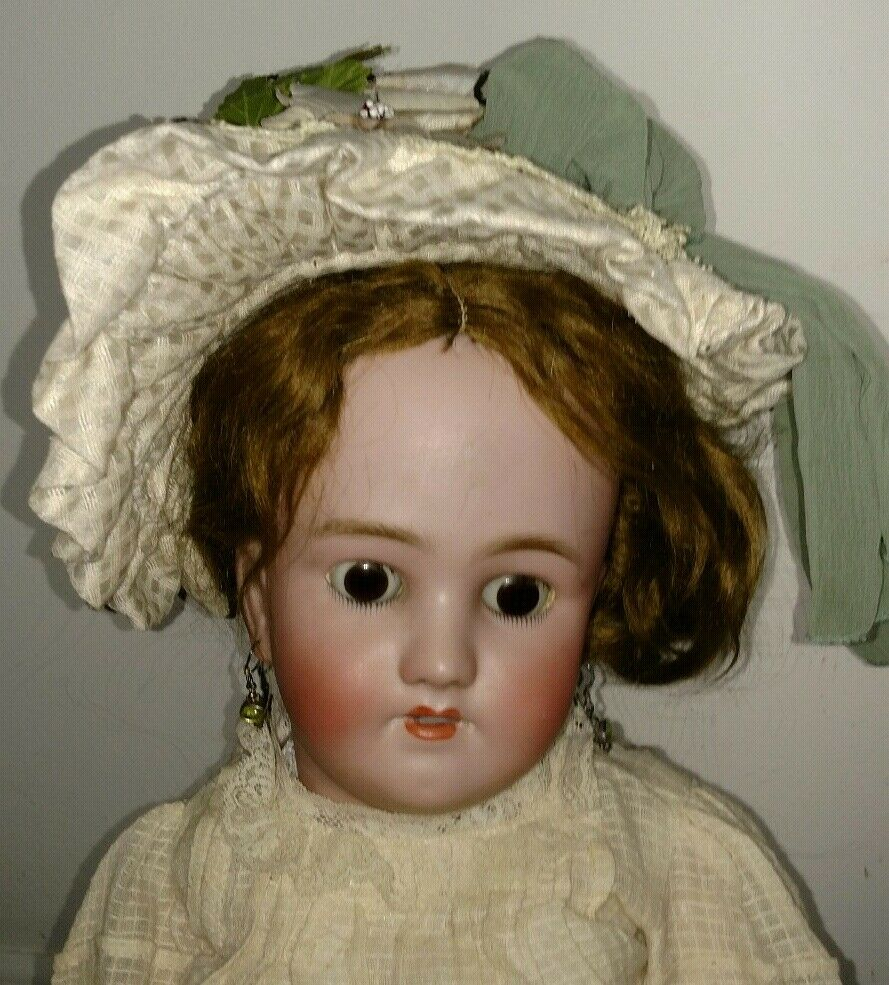 Antique 28  Simon Halbig  bisque  head  Germany  doll