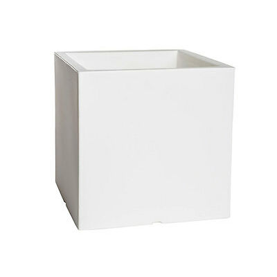 Maceta cubo de 40 cm color blanco con luz autorriego y ruedas CUBO L40NE Purline