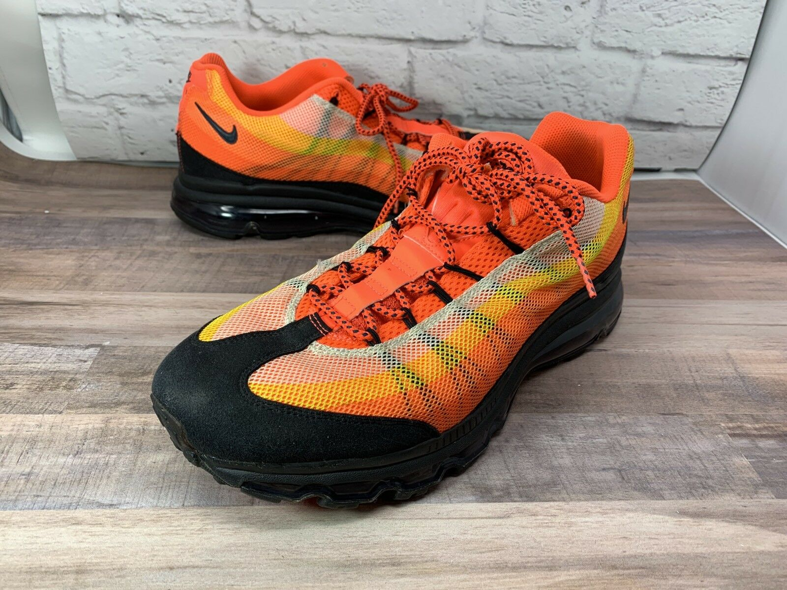 RARE   NIKE AIR MAX Sneakers Sneakers Sneakers   Black orange Yellow  554715 838 Mens Sz 13 634d15