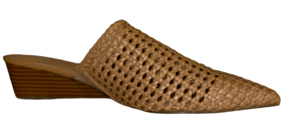 Bar III Beige Kaycip Faux Leather Perforated Woven Pointed Toe Mules Size 10 M