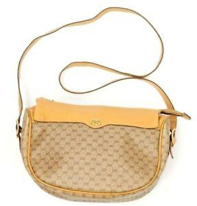 2f23c4b584bc Vintage Gucci Beige Webby Canvas Tan Leather Zip Shoulder Handbag ...