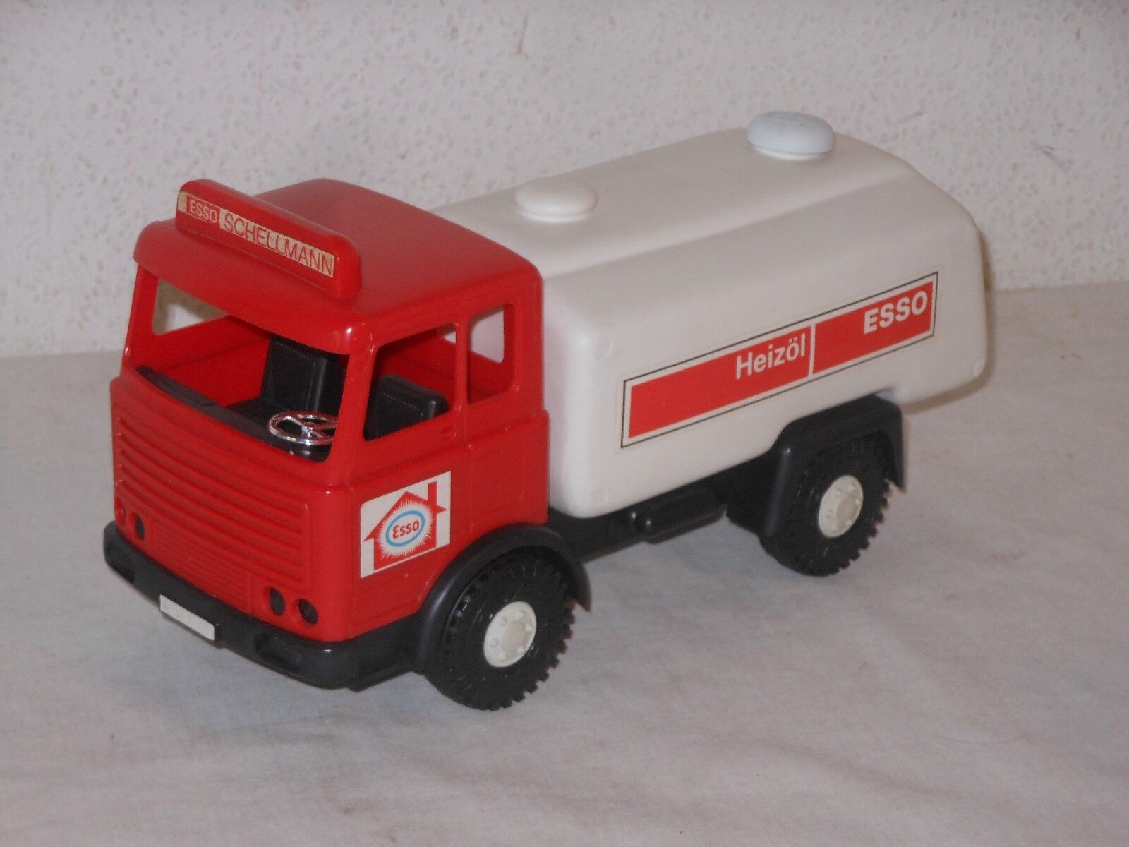 Scania - ESSO RED TANKER CAR - 28 cm - Vintage Toy - From Wader - West Germany -