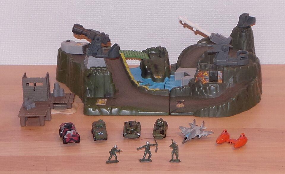 Mattels militære anlæg / base, 1999 Mattel Inc. - China