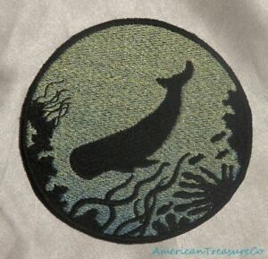 Embroidered-Sperm-Whale-Ocean-Sea-Silhouette-Ombre-Circle-Patch-Iron-On-Sew-USA