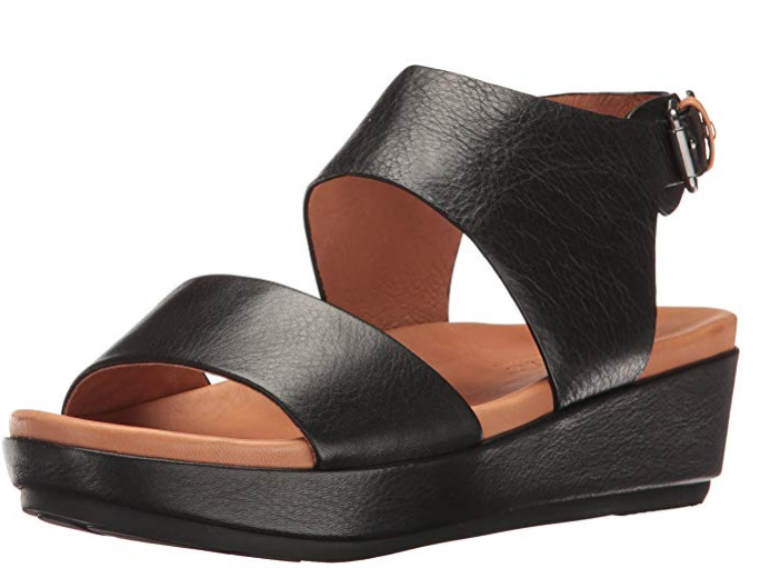 Gentle Souls by by by Kenneth Cole Lori nero Wedge Sandal Donna  Dimensiones 6-11 NEW   def70e