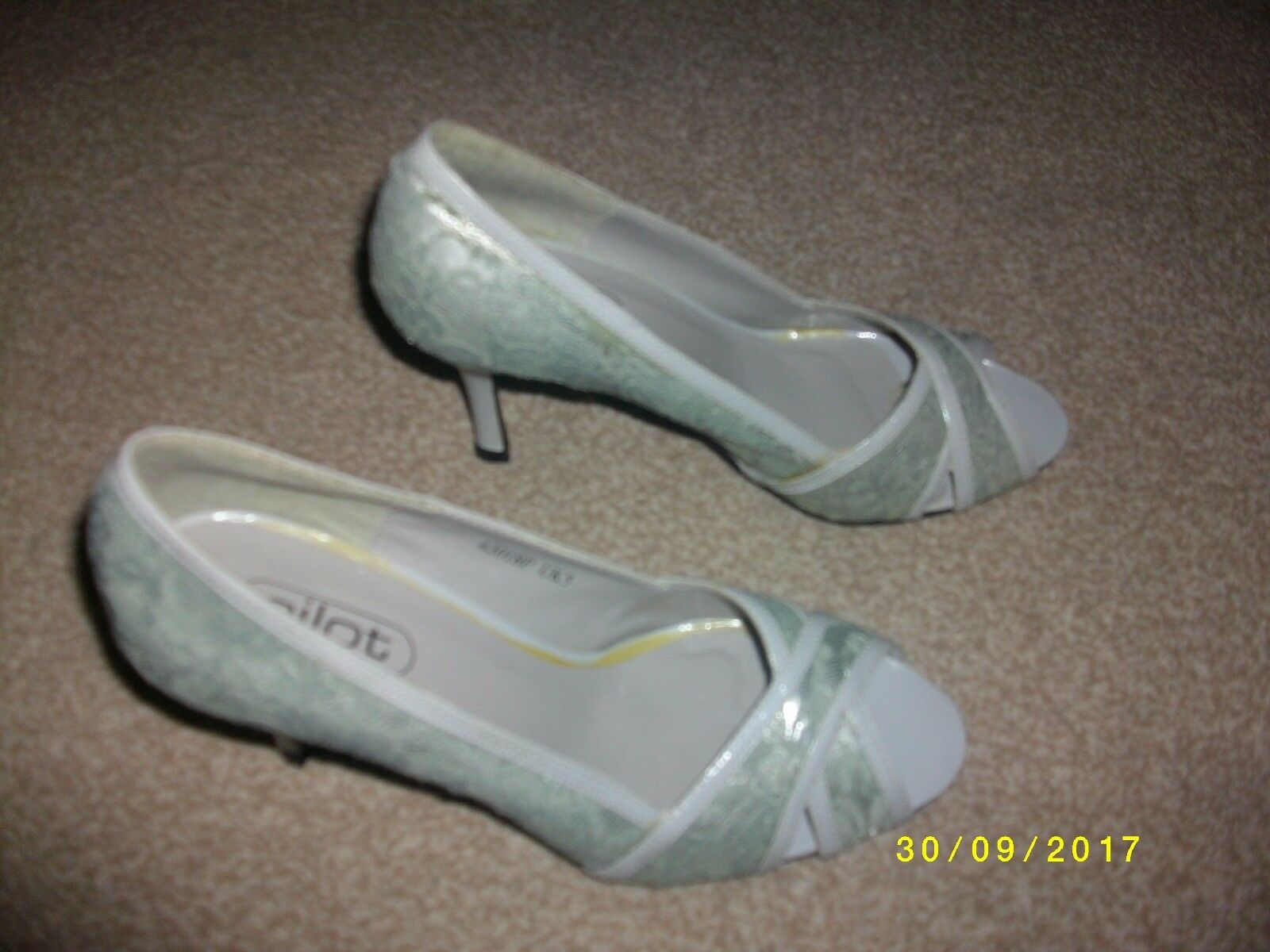 Ladies Grey Slip On Slim Heeled Shoes Size 5 from Pilot