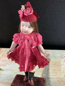 5-ANTIQUE-GERMAN-BISQUE-AND-COMPOSITION-GIRL-DOLL