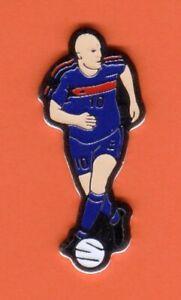 Pin's Joueur Equipe de France de Football Foot ZINEDINE ZIDANE N° 10 Nm6XAwLB-09153424-833438256
