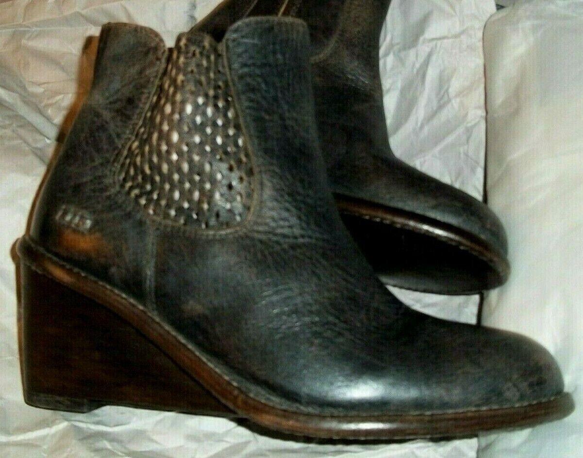 Bed New Stu schwarz 9.5 Frauengröße Stiefel Wedge Leder