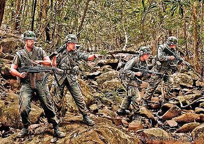 FREE SHIPPING!!! Jungle Patrol, Vietnam War series 1/35 Master Box 3595