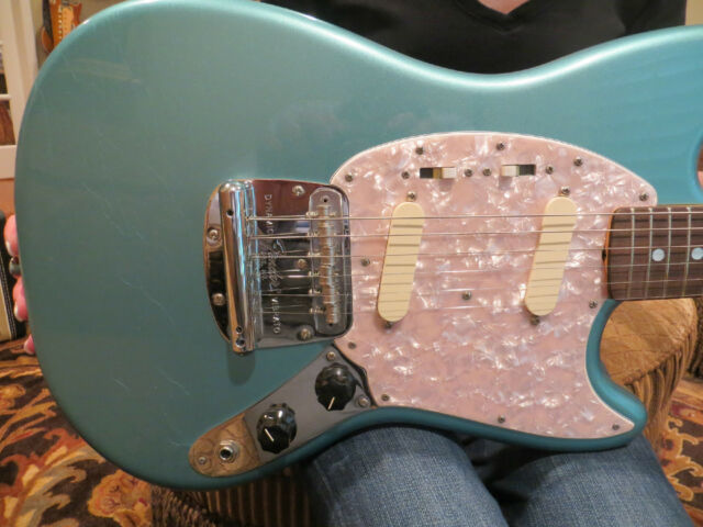 Fender Custom Shop Mustang Limited Edition Rare Metallic Teal Green NAMM 2013