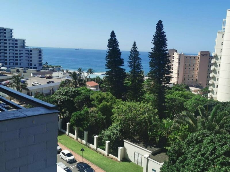 Available immediately! Prime Umhlanga location! Wow factor