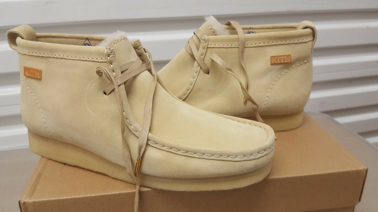 Clarks Originals Men  KITH Wallabees Boots , Cream Suede Warm  UK 6,9,10 G