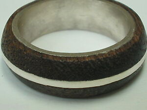 Sterling-silver-ring-with-mahogany-wood-accents