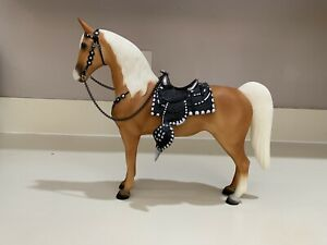 Retired Breyer #1122 Roy Rogers' Trigger Hollywood Heroes Western Horse Palomino
