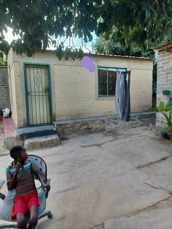 Rdp house for sale in diepsloot for R480000 with 5 outside rooms