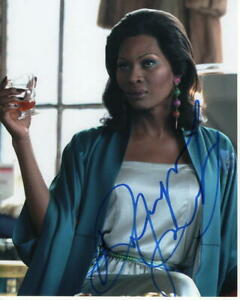 DOMINIQUE-JACKSON-SIGNED-AUTOGRAPH-8X10-PHOTO-POSE-BEAUTY-VOGUE-MODEL-C