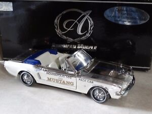 Ertl-American-Muscle-Authentics-1964-1-2-Ford-Mustang-Indy-Pace-Car-1-18-Diecast
