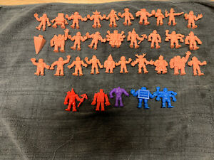 Lot-of-34-Vintage-M-U-S-C-L-E-Action-Figures-Muscle-Men-1980-039-s
