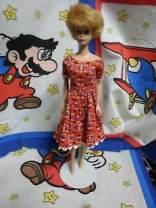 Vintage-1962-1958-Barbie-Midge-with-Blonde-Bubble-Cut-with-flower-print-dress