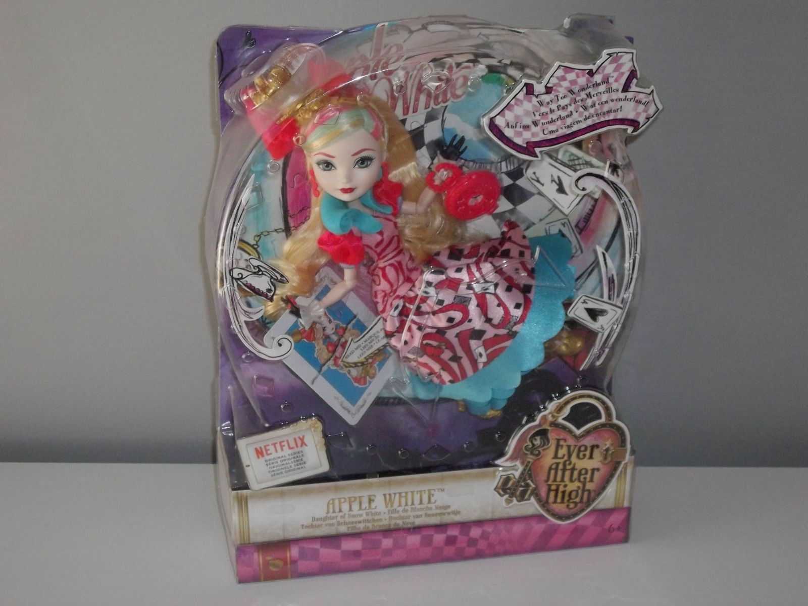 BAMBOLA EVER AFTER HIGH WAY WAY WAY TOO WONDERLAND NEW NEVER OPENED APPLE Weiß f027fc
