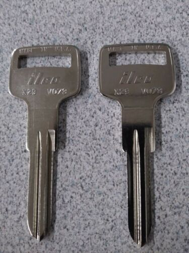2 Key Blanks For Volvo-Delorean-MG-Ignition-See Listing for Apps Ilco VO73-X29