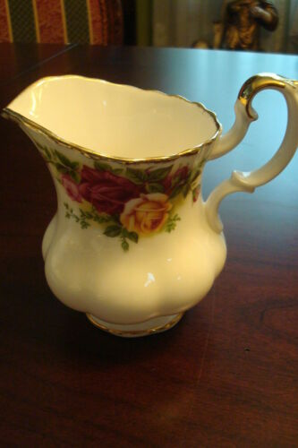 OLD COUNTRY ROSES BY ROYAL ALBERT CREAMER CUPS SAUCER PLATES PICK ONE SUGAR