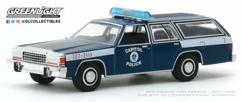 A.S.S NEU GreenLight 1//64 Ford LTD Station Wagon Police Massachusett Hot Pursuit