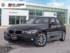 2017 BMW 3 Series 320i xDrive, Clean Carfax, Back Camera, Heated Sea
