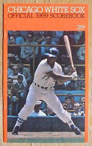 Vintage-1969-Chicago-White-Sox-vs-Oakland-A-039-s-Program-Joe-DiMaggio-is-A-039-s-Coach