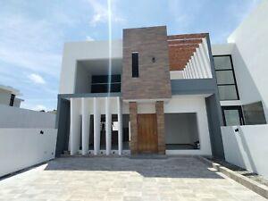 Casa en venta fraccionamiento lomas de la Rioja Recamara en planta baja