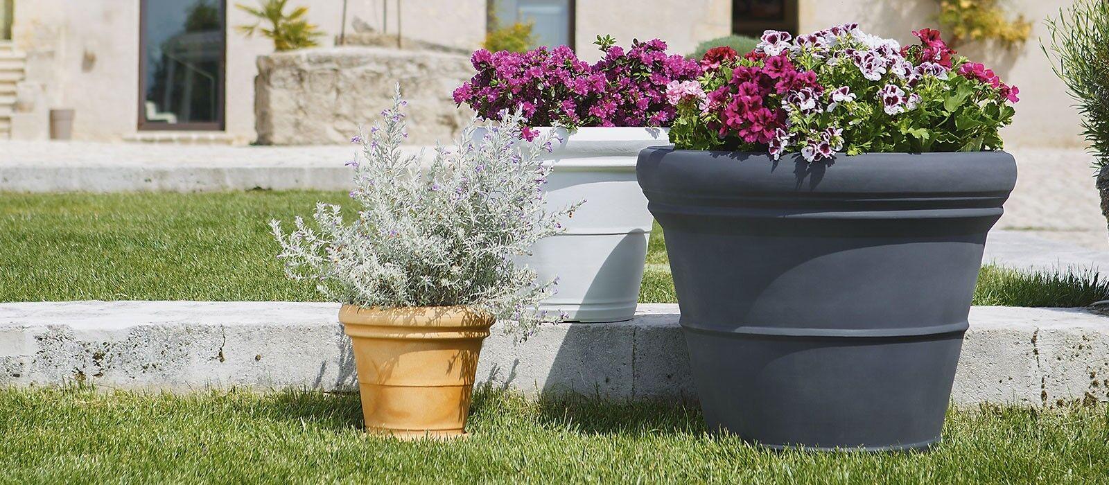 Pot rond lisse classique en résine Polyéthylène du jardin Ø60 70 90 cm
