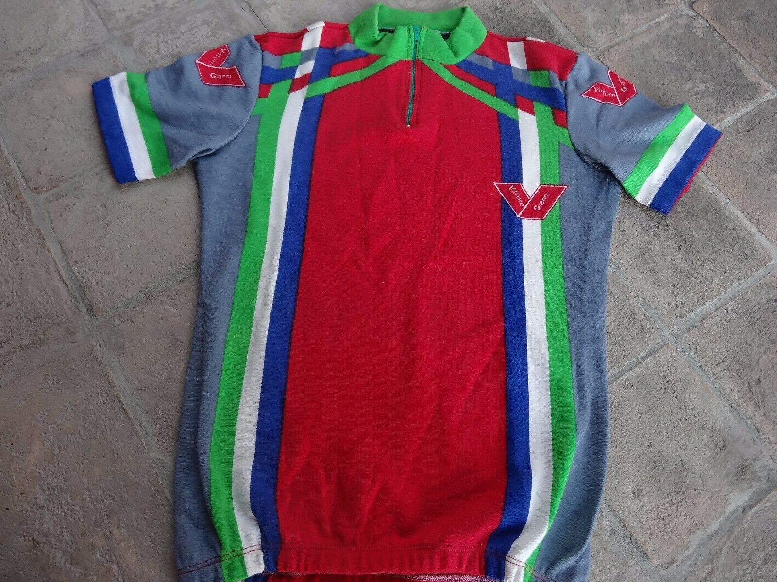 NOS  Gianni  Vittore cycling  jersey wool