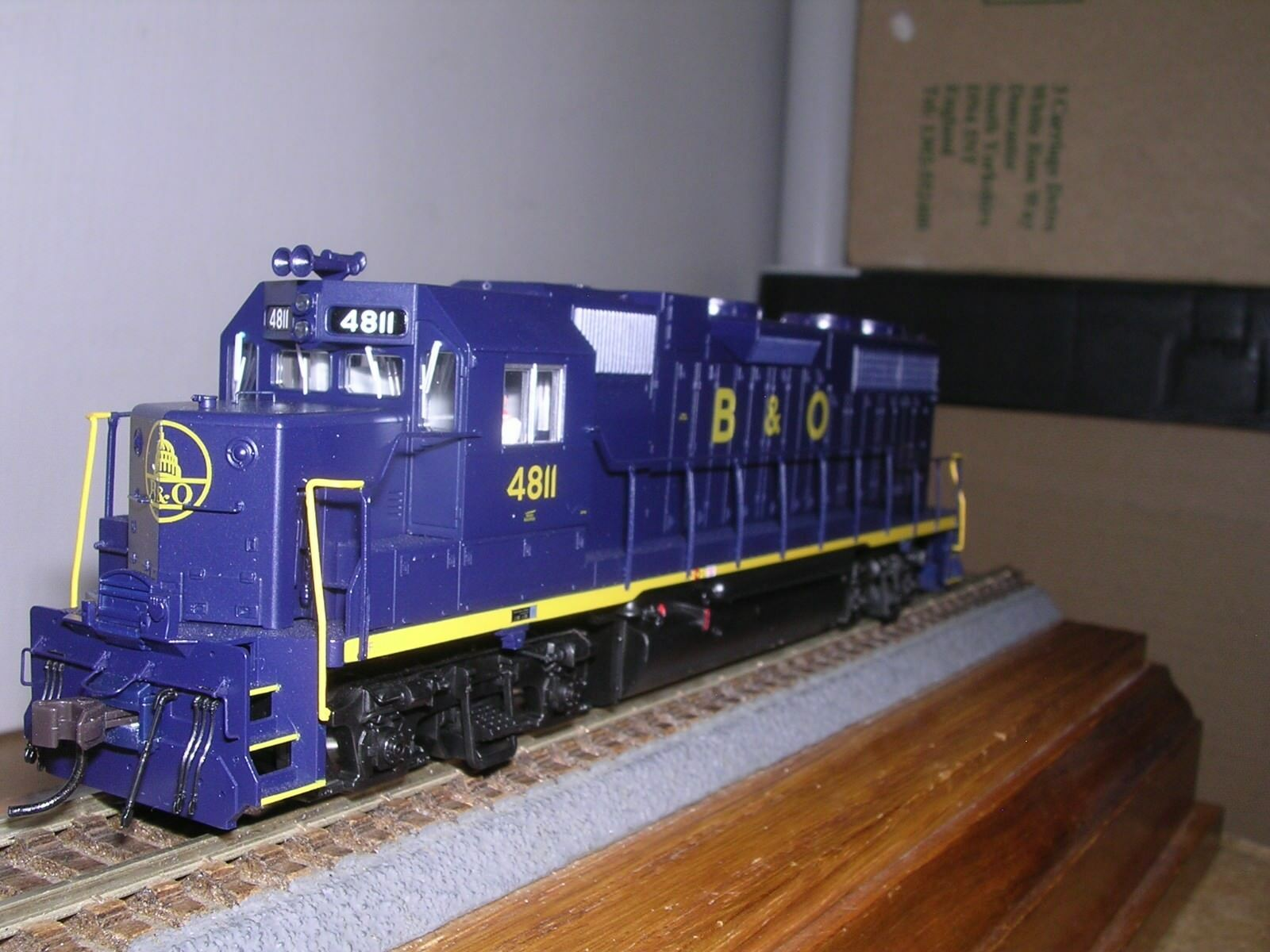 ATLAS  8950  Baltimore & Ohio EMD GP38 Diesel Loco  4811 wDCC Decoder H.O.187
