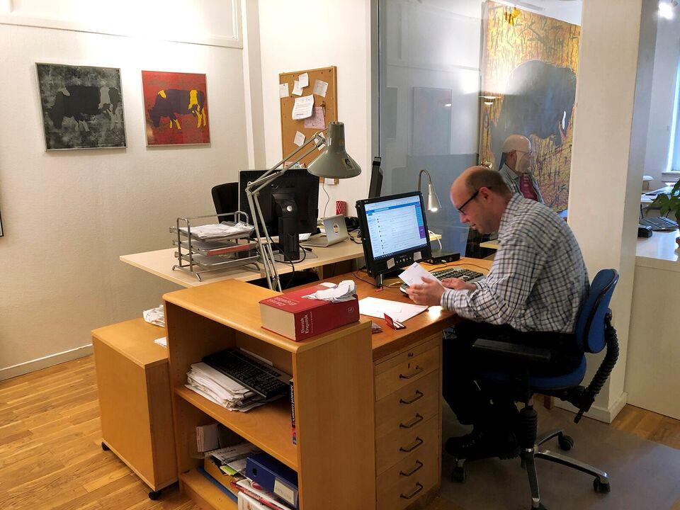2400 kontor udlejes, etageareal kvm. 130, grundareal kvm.