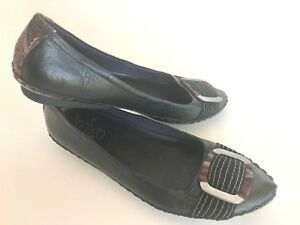 Indigo-black-leather-flats-moccasin-women-039-s-7-5-metal-buckle-stitching-more-cool