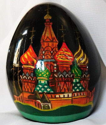 Russian lacquer egg St Basils Cathedral Moscow Russia church Safonov folk art