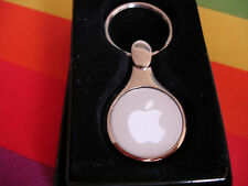 OOP! APPLE COMPUTER INC ETCHED ROUND LOGO EMPLOYEE SILVER TONE KEY CHAIN/FOB