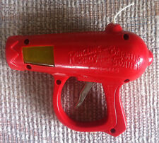 """VINTAGE 6"""" RINGLING BROS BARNUM & BAILEY TOY FRICTION SPARK SPACE RED RAY GUN"""