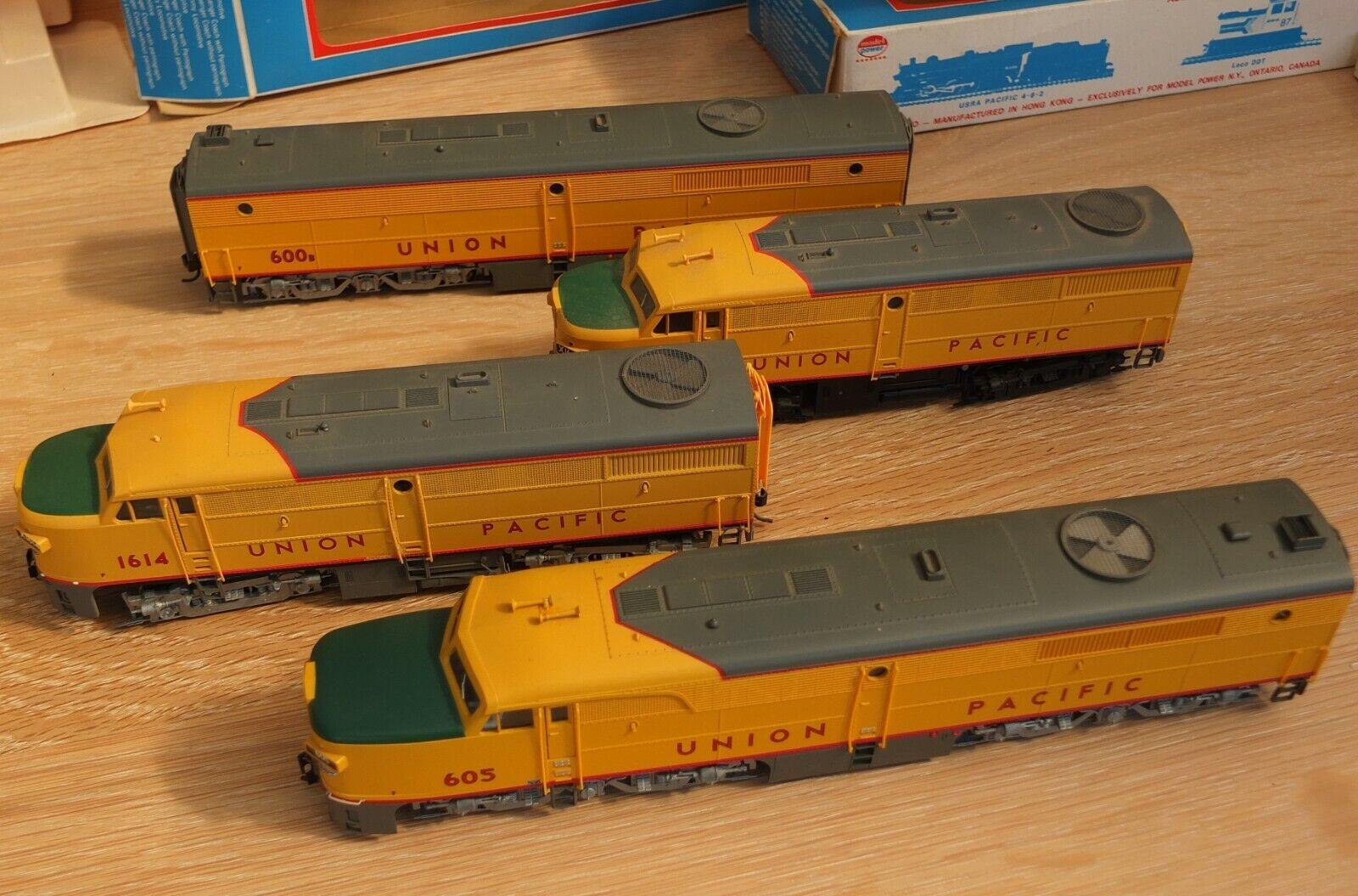 Walthers Life-Like HO OO Gauge 4 x Union Pacific Locomotives 1614 605 1643 600B