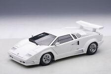 AutoArt LAMBORGHINI Countach 25th Anniversary WHITE 1:18 Signature Series 74537