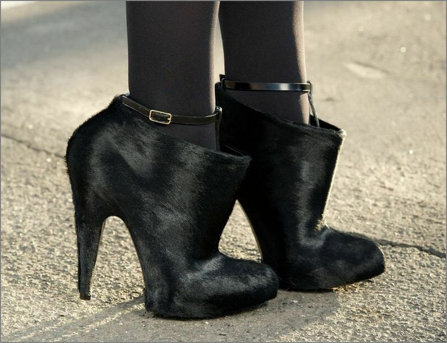 Givenchy ankle boots Size 37.5   RRP$1200+